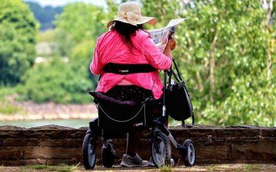 Spaziergang im Dorf – Seniorenlotsen des MGH starten wieder